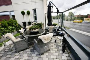 Utnyttja ytor. Mitt i stan och mitt i ett höghuskvarter. Urban gardening handlar om att utnyttja stadens ytor till grönska.