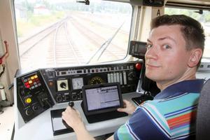 """Thomas Tydals app """"TrAppen"""" håller koll på allt lokföraren behöver veta – och ger information som gör att tågen enklare kan passa tiderna."""