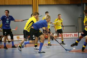 Henrik Löfman och hans Söderhamns IBF segrade i helgens derby mot Gluggens IF med 7–5.