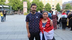 Syskonen Mohamed och Shams Hamib var på plats för att visa sitt stöd.