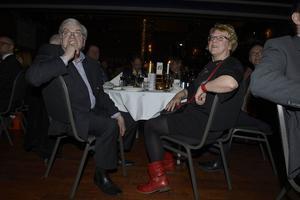 Jan-Axel Näsman, Gästrike Invest fick inte bara Årets Hedersomnämnande av Timrå kommun utan även Ewa Lindstrand som bordsdam.