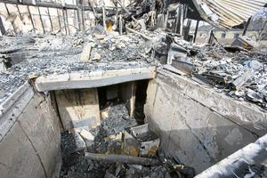 Nio hem totalförstördes vid branden.