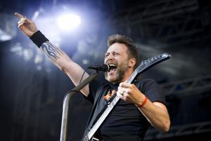 Ralf Gyllenhammar – sångare i Mustasch.