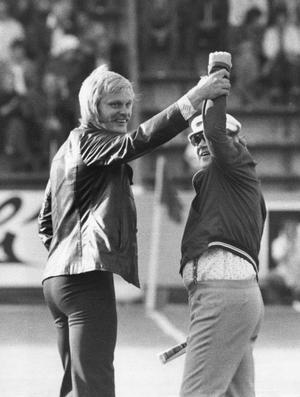 För att bli en duktig målvakt krävs att man är psykiskt stabil, menar före detta proffsmålvakten Ronnie Hellström.