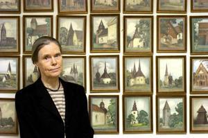 """Upp till kamp. Ingrid Sjöström som forskat om svenska kyrkor åt Riksantikvarieämbetet är en av dem som skrivit under uppropet för att rädda """"vårt största sammanhållna kulturarv""""."""