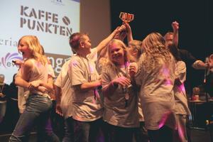 Vinnarna av hela tävlingen kom från Resele och kallade sig för Resele Hoppetossor.