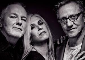 • 3 maj -  Benneth Fagerlund, Sanne Salomonsen och Mats Ronander