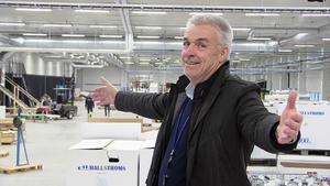 Hans dröm har blivit verklighet. Nils-Åke Hallström vd för företaget är mer än nöjd med nya anläggningen i Åskorset.