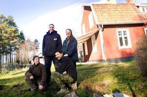 Joël de Vries, Steve Bradley, Hasse Sjölund och Carolina Visser tror stenhårt på Farm Backsjön och samarbetet med pansargeneralens sondotter, Helen Patton.