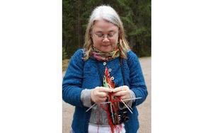 Eva Eriksson från Stockholm, en av deltagarna i kursen med tvåändsstickning som tema.