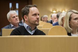 Kommunfullmäktige i Sundsvall beslutade på måndagen att en minnessten för svenska veteraner ska uppföras, något som Jörgen Berglund (M) motionerat om.