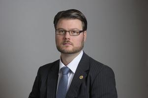 Riksdagsman Edward Riedl (M) varnade tidigt för de negativa konsekvenserna av en kilometerskatt.