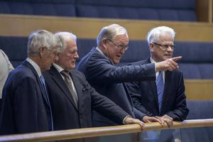Sossarna Göran Persson och Ingvar Carlsson ett par decennier senare än den gång verkligheten tvingade dem till förslag som de egentligen inte ville genomföra.