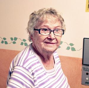 """Thyra Hedman fick panik och ringde på dörr efter dörr och skrek: """"Kom och hjälp, ring efter en ambulans."""""""