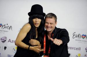 Loreen får startnummer 17 i finalen. Här med Melodifestivalens producent Christer Björkman.