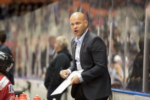 Modotränaren Andreas Johansson vill se en fortsatt utveckling av spelarna.