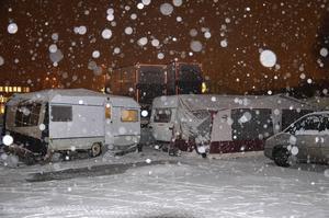 Vintern kommer att bli kall i husvagnslägret nere vid hamnen.