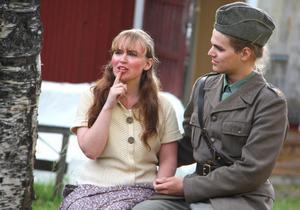 Kärlek. Ida Lindqvist och Erik Johansson.