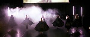 Gruppen 03-04 tisdag tolkar filmen Modig.