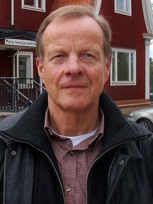 Bernt Persson hoppas att övriga förtroendevalda i Mora inser att socialnämnden behöver starkare budget 2013.