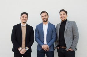 Från vänster: Adam Copperfeldt, Emil Dayan och Michael Copperfeldt som har skapat en app som gör att du slipper köa på plats.