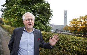 Danades i stadshuset. Pär Eriksson var direktör för Proaros sina sista åtta år i Västerås, innan han antog utmaningen att bli kommunchef i Eskilstuna, hans hemstad, 2009. Han ser tillbaka på åren i Västerås med stor värme, och också som den tid när han till största del formades som ledare med hjälp och stöd av sina chefer. Foto: Tony Persson