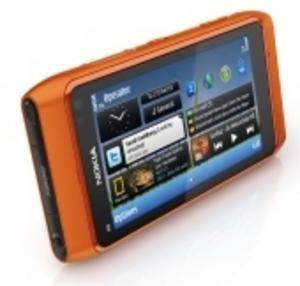 Nokia N8 konkurrerar mot bättre kompakter