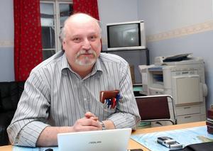 Socialdemokraterna fortsätter med valsamverkan med centern, enligt Nall Lasse Andersson.