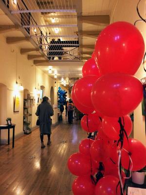 Kulturhuset Gävle är invigt fast inte särskilt högtidligt och känns genast välkomnande.