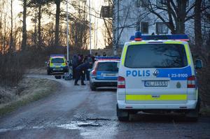 Ett jätteslagsmål på flyktingförläggningen orsakade ett stort polispådrag.