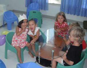 Idag den 11/11-11 kl 11.11 skulle vi precis äta lunch på förskolan jag arbetar på i Thailand!Malin Thimerdal,Kamala, Phuket, Thailand