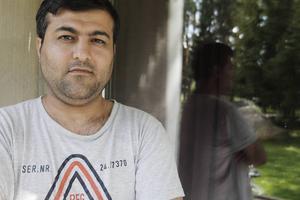 – Om det inte varit för media, ingen människa är illegal, min familj och mina vänner så hade jag varit död i dag, säger Ghader Ghalamere.