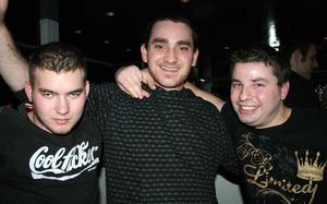 Blue Moon Bar. Mircea, Matei Adrien och Draghi