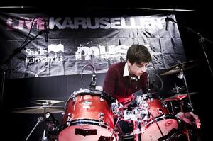 Oscar Westlund, trummis i Auburns.