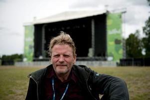 Gunnar Lagerman har huvudansvaret för årets Getaway Rock Festival i Gävle. Här fotograferad framför en scen på årets Hultsfredsfestival.