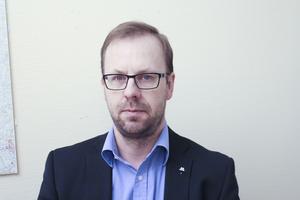 Håge Persson (M) befarar att köpet av VB Kraft kommer att visa sig vara allt annat än en guldgruva för kommunen.