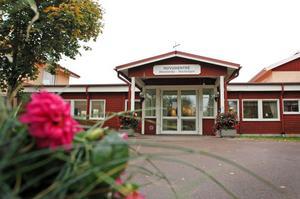 Wesslandia i Karlholmsbruk är en av tre äldreboenden i Tierps kommun dit de gamla på Hällbacka kan välja att flytta. Arkivbild.