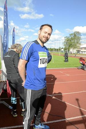 Tobias Fornbrand, Hallsbergs kommun. - Jag har hyfsad kondition och vill komma under 20 minuter för att bli nöjd.