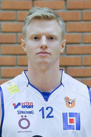 Johan Rönström, handledsskadad.