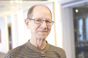 """Tommy Hjort, 63 år, biblioteksassistent, Sandviken.– Den som han själv också tycker är bäst, """"Berättelsen om Josef"""". Där träffar han rätt. Jag läste den första gången 1972. När jag läste om den på 80-talet upptäckte jag nya saker."""