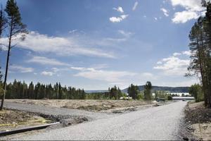 Utbyggnaden av bostadsområdet Brittsbo väster om Lugnvik har startat. Området ska omfatta ungefär 100 nya tomter och beräknas vara klart om fyra år.