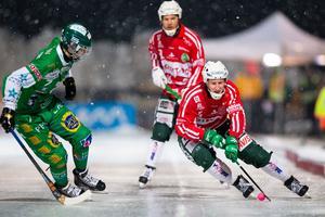 Västerås Oscar Gröhn och Hammarbys Jesper Jonsson.