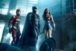 The Flash, Batman och Wonder Woman borde vara roligare att se ihop än vad de blir i