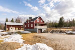En villa  i  Bredbyn för 450 000 kronor är den näst mest klickade bostaden i Ångermanland.