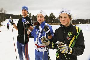 Långväga gäst från Idaho, Lukas DeWolfe, tillsammans med Ludvig Karlsson och närmast kameran Arvid Jonsson från Järpens skidgymnasium.