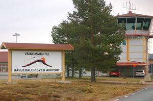 Enligt utredningen bör trafiken flyttas från flygplatsen i Sveg till Hedlanda
