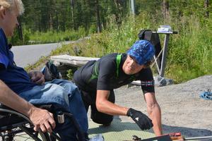 Fredrik Lindström tillsammans med Jonas Jacobsson på skyttevallen på Skyttis.