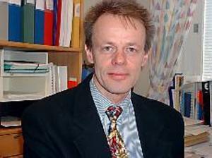 Arkivbild: MATTIAS JONSSON Nedgång. Sten Hjalmarsson, kommun- och ekonomichef i Älvkarleby kommun har analyserat prognosen.