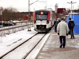 Inget nytt. Nu skall lokala busstrafik öppnas för privata företag, men kollektivtrafiken har redan avreglerats i flera steg. Fler än SJ kör tåg.