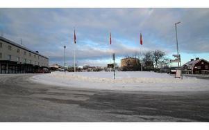 Det blir tomt i Svärdsjö i vinter där granen skulle stått.FOTO: BENGT PETTERSSON